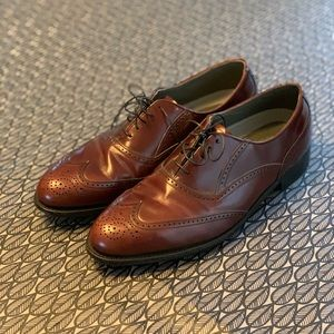 Dexter wingtips with leather soles